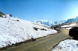 rohtang pass 300x196 Tourism